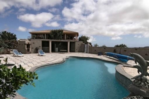 Großzügige Finca mit Pool und herrlichem Ausblick in Villaverde, Fuerteventura