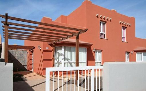 Moderne Villa mit Blick aufs Meer in Corralejo, Fuerteventura