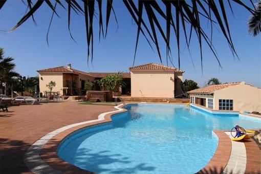 Luxuriöse und rustikale Villa in Villaverde