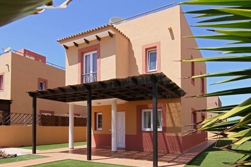 Möblierte Villa mit Bergblick in Corralejo