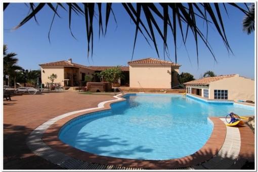 Villa mit großzügiger Terrasse, Privatpool und Golfplatz in Villaverde, Fuerteventura