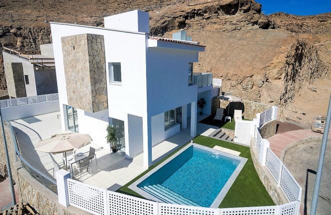 Moderne Neubau-Villa mit Pool in Tauro, Gran Canaria Süd